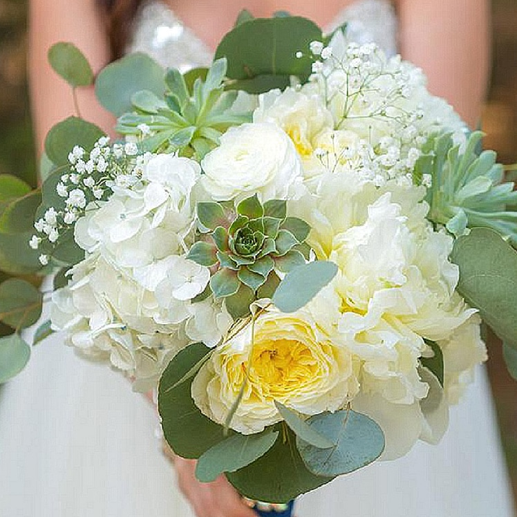 best denver wedding planner, denver wedding coordination, succulent wedding bouquet, colorado wedding coordination, mountain wedding planner