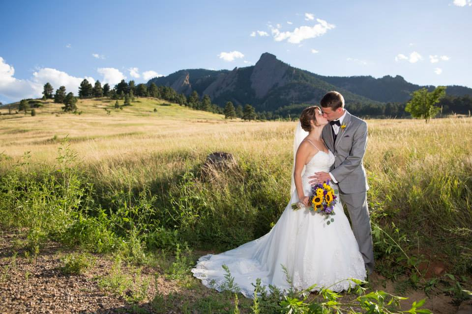 Sunflower wedding flowers, denver wedding planner, colorado mountain wedding planner, destination wedding planner