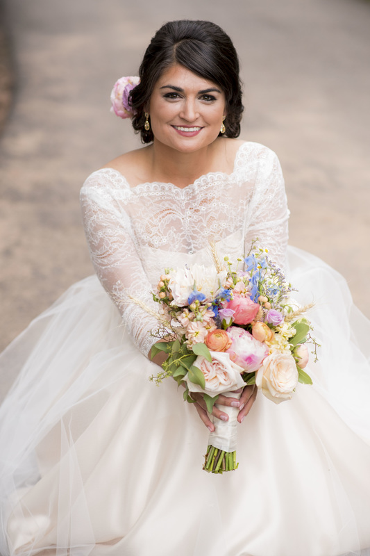 pastel bridal bouquet, denver wedding planner, colorado day of coordinator