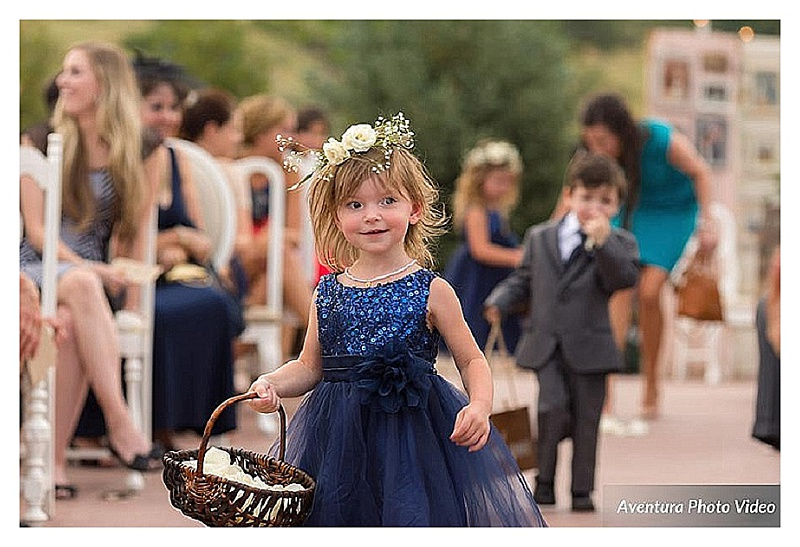 colorado wedding planner, denver wedding coordinator, wedding planner in Denver, colorado mountain wedding planner, cute flower girl