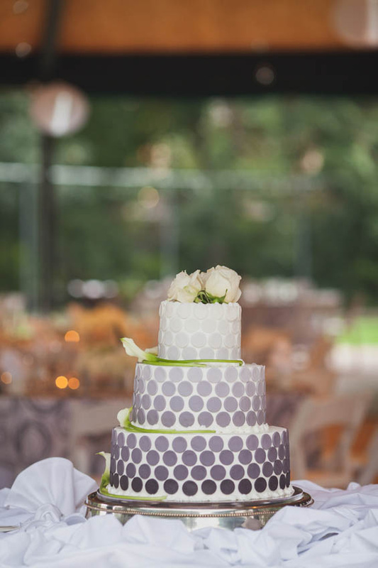 ombre wedding cake, grey wedding cake, polka dot cake, denver wedding cake, boulder wedding planner, denver day of coordination.