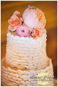 Denver Wedding Planner, colorado day of coordination, rustic wedding cake