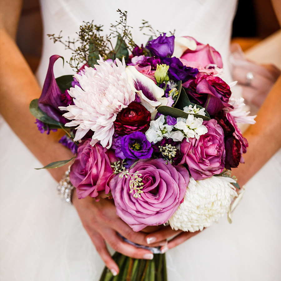 Vail wedding planner, fall wedding colorado, donovan pavilion wedding, purple bridal bouquet