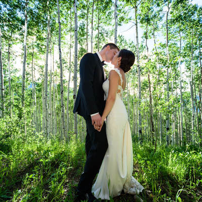 beaver creek wedding planner, mountain wedding planner, allie's cabin, vail wedding, destination wedding planner, bridal portrait
