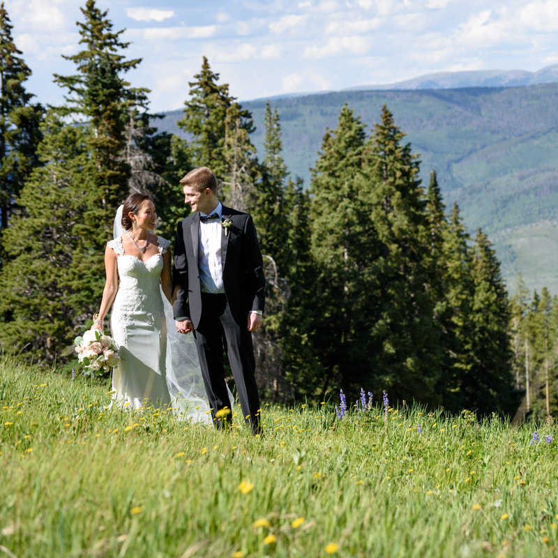 Sweetly paired colorado wedding planner sweetly for Allie s cabin beaver creek