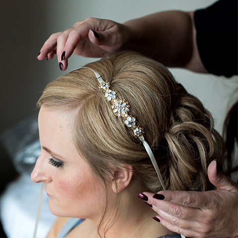 Bride getting ready photo, detail photos, denver wedding planner, colorado wedding planner, sweetly paired