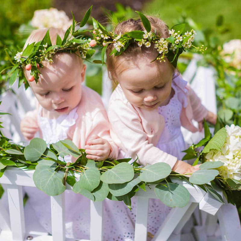 cute flower girl photos