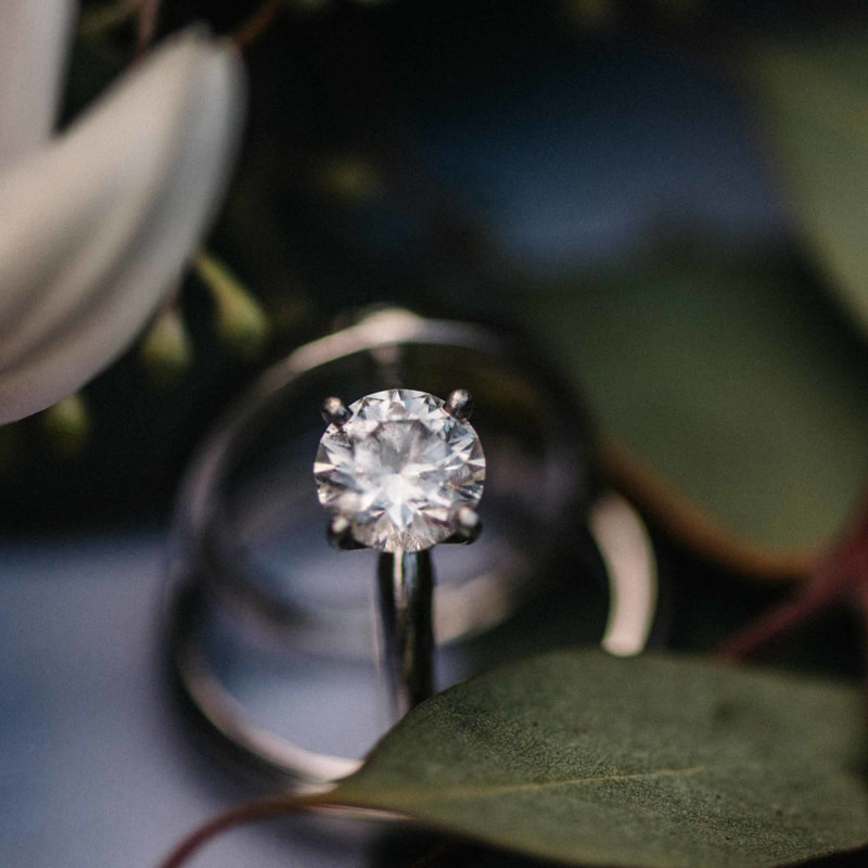 engagement ring detail photo, colorado real weddings, mountain wedding inspiration, sweetly paired wedding planning, beaver creek wedding planner, vail wedding planner, diamond ring and wedding bands