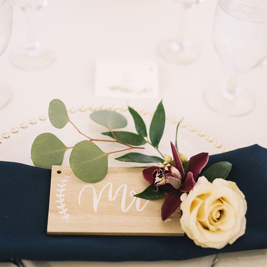 denver wedding planner, place setting advice, how to set a table, la tavola linens denver,