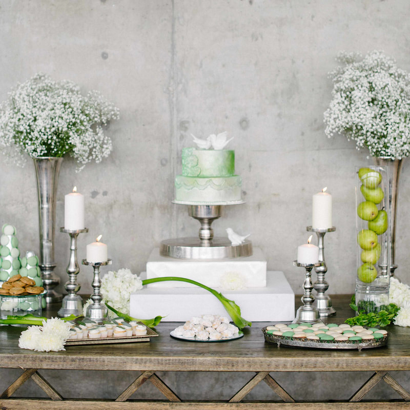 wedding dessert bar, no cake at wedding, denver wedding planner